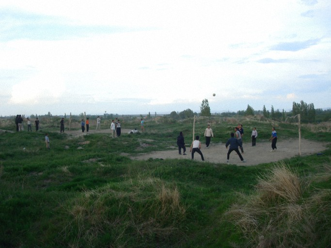 والیبال در روستا